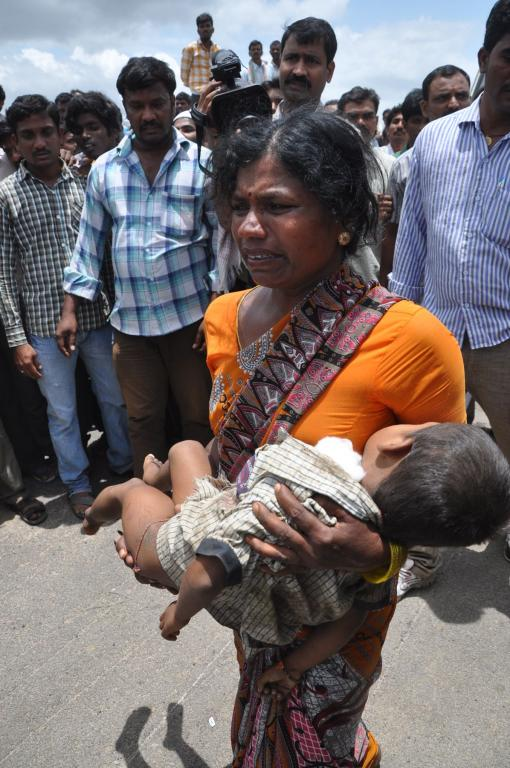 14childrens were killed in train crashed into a school bus at Medak district on July 24, 2014 Galler