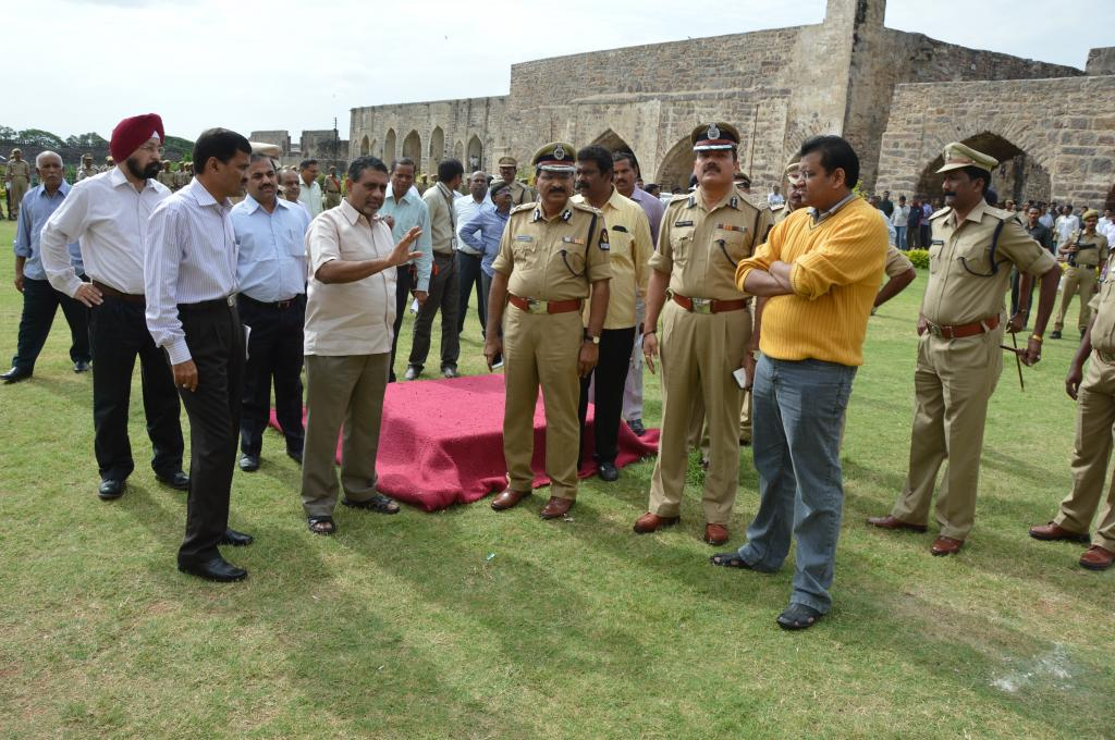 TS CS SHARMA IS REVIEWING ARRANGEMENTS INDEPENDENCE DAY CELEBRATIONS AT GOLCONDA FORT ON 12.8.14 Gal