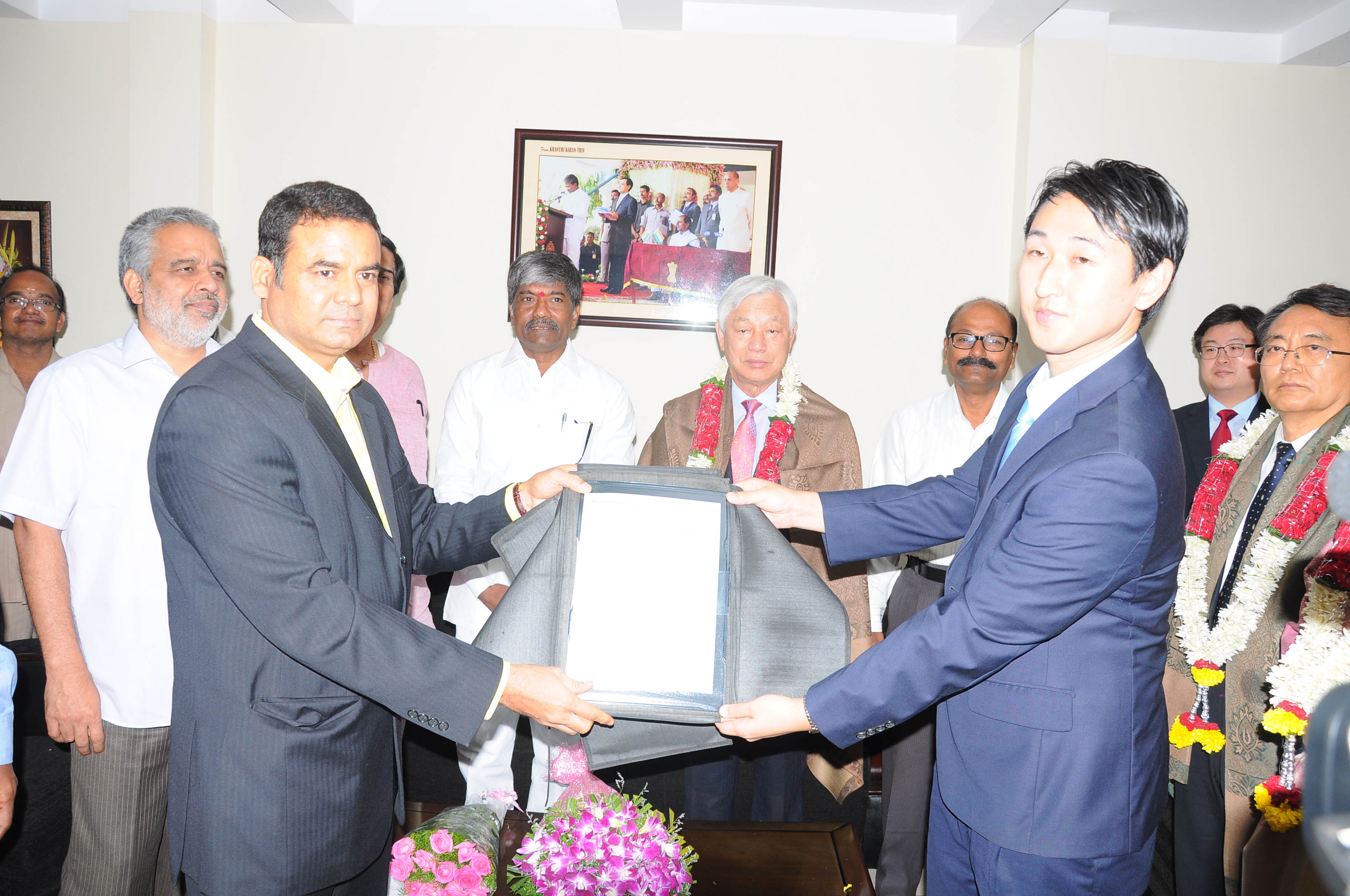 Minister for Excise T.Padma Rao Goud with Korea people (IYF prgrammes ) on 18.06.2015
