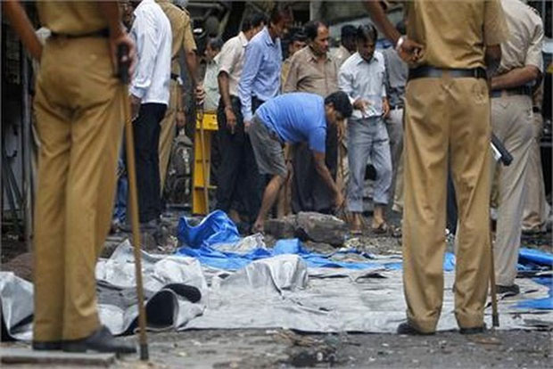 Bomb blast at Chennai Central Railway Station Pics Gallery