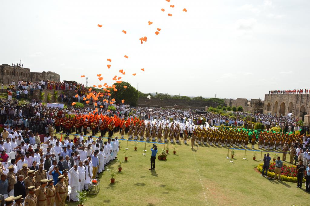 CM hosting National Flag at Golconda Fort on the occasion of 68th Independence Day on 15-8-14 Galler