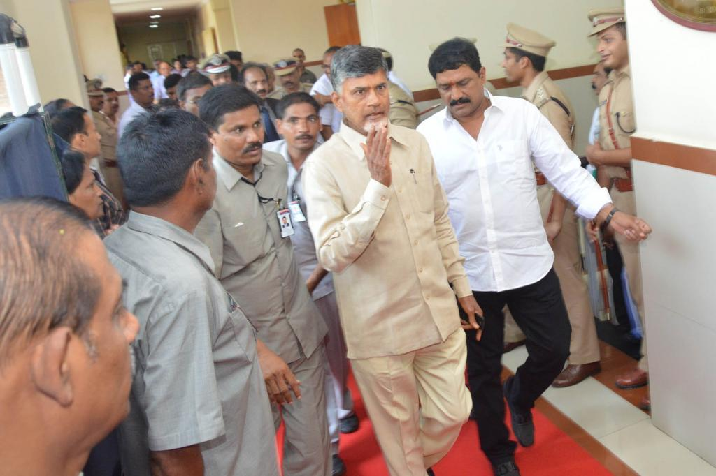 N.Chandrababu Naidu Attended AP Cabinet meeting in Vizag on 12.06.2014 Gallery