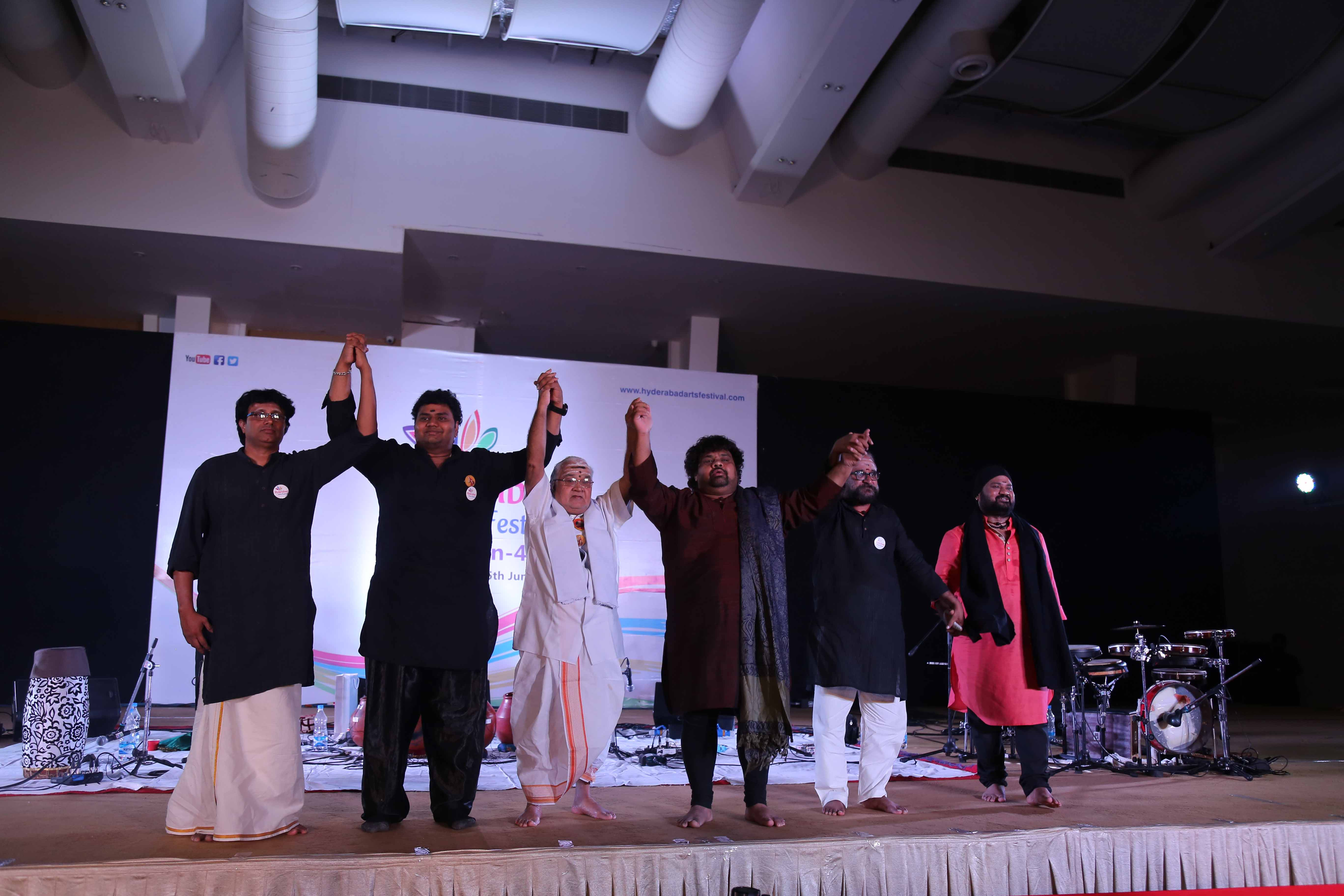 Saptakshara Performance by Ghatam master  Vikku Vinyakaram held Vikku Vinayakram and performance of three generations of artists of same family performing together from a single platform was unique and a huge hit with 1000 plus audience at Cybercity