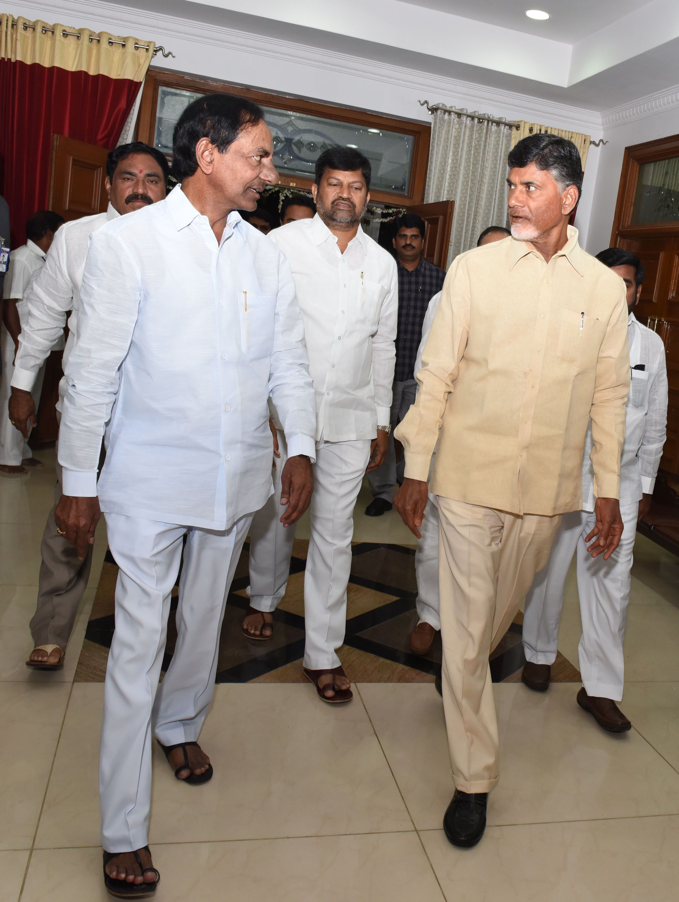 AP CM N. Chadrababu Naidu met TS CM K. Chandrashekhar Rao at CMs Camp office, Begumpet on October 18, for the foundation stone ceremony of \