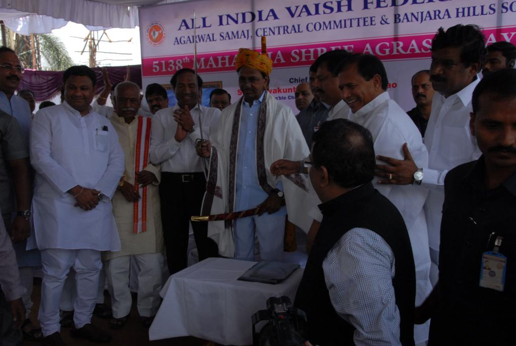 TS CM KCR participated at Celebrations of Maharaja Agrasenji Jayanthi at Banjarahills on 25.9.14. Ga