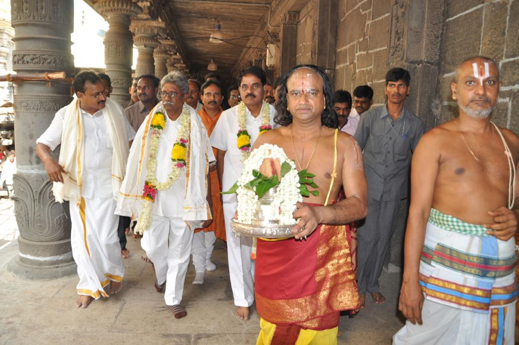 N.Chandrababu Naidu visiting Simhachalam temple on 12.06.2014 Gallery