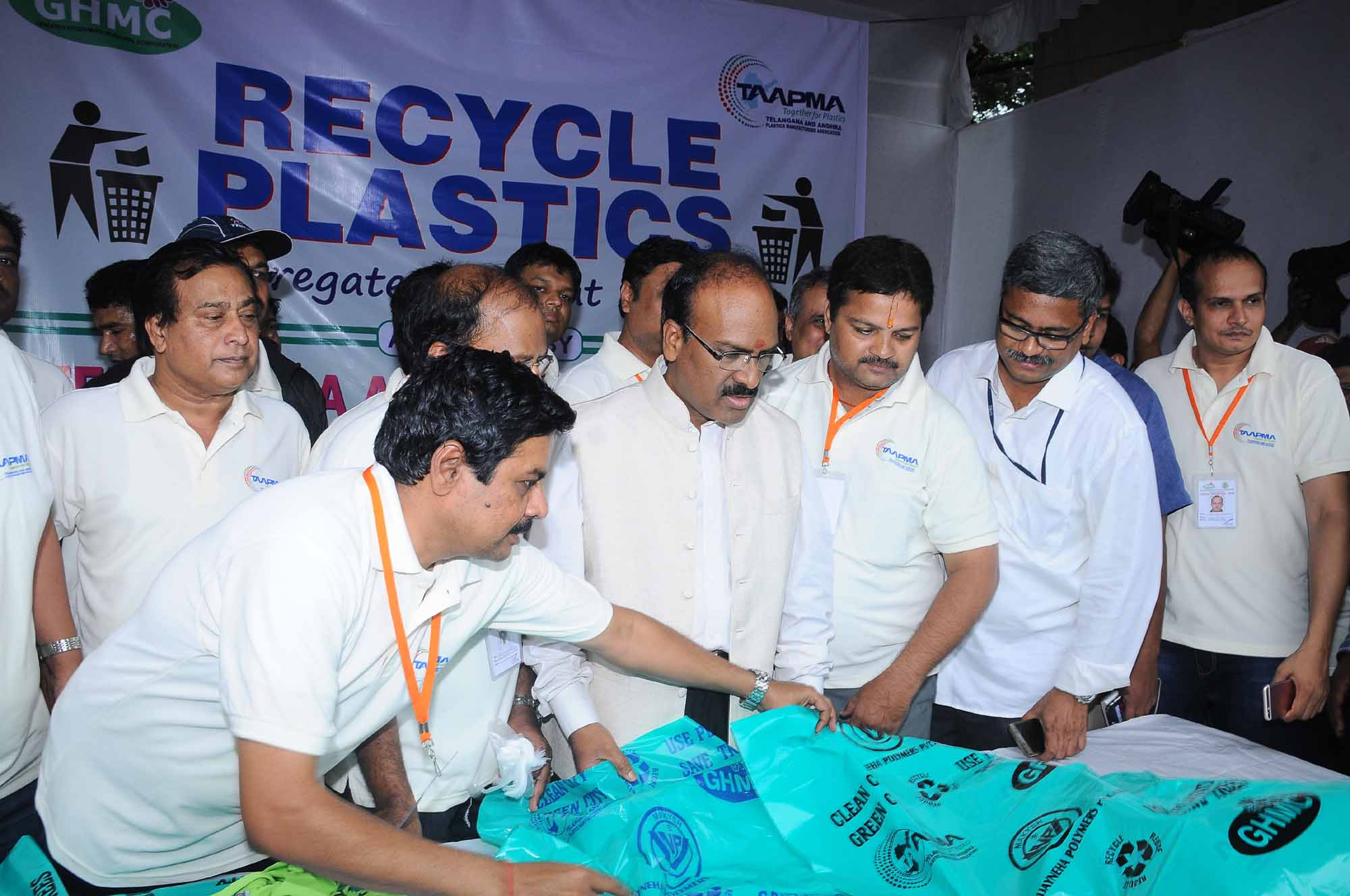TAAPMA Green Volunteers collecting Plastic Waste at Tank Bund & Flag off by  GHMC Commissioner Janardhan Reddy, IAS,  on Sep 15. 2016