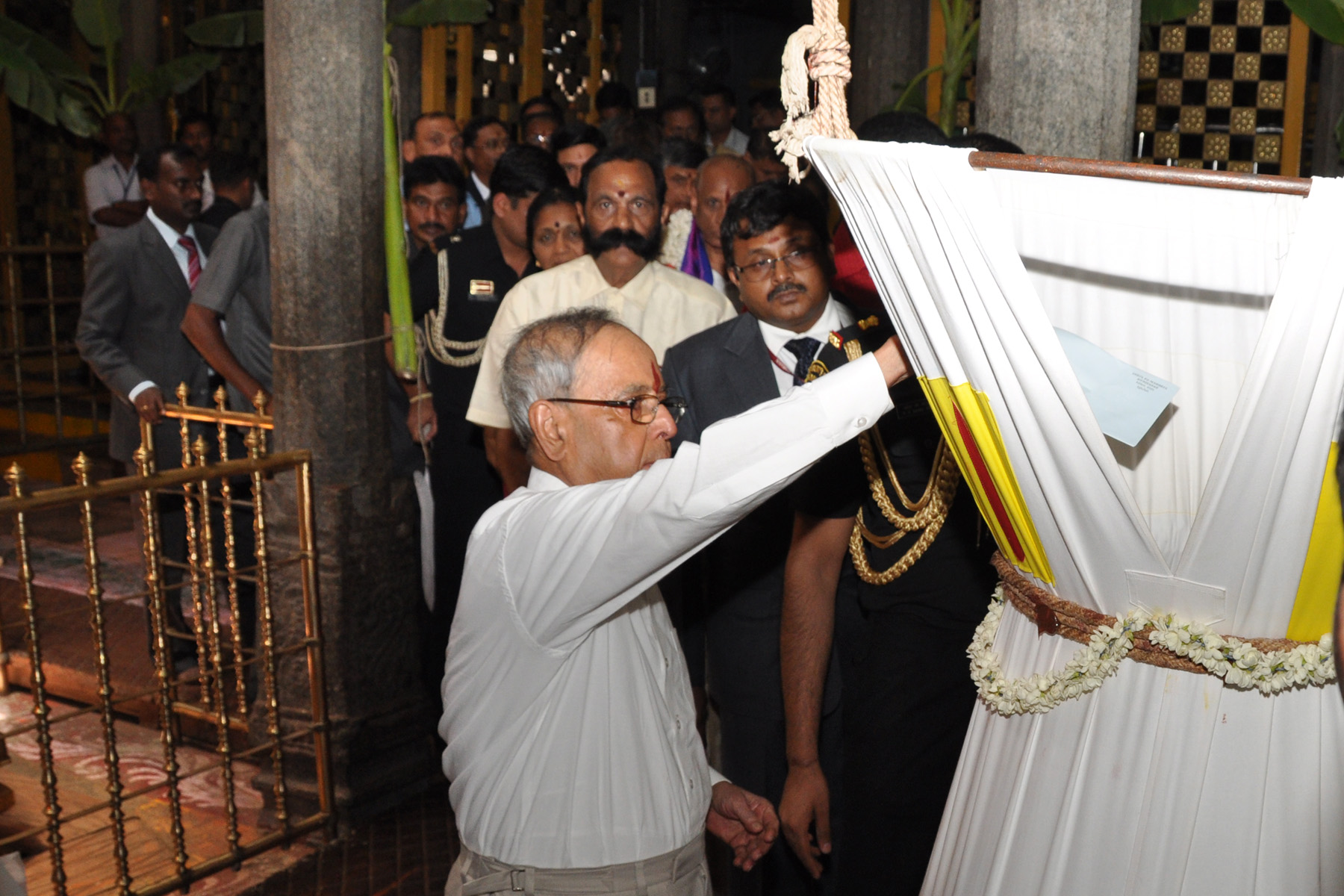 PRESIDENT OF INDIA VISITED TIRUCHANUR TEMPLE AND KAPILESWARASWAMY TEMPLE IN TIRUPATI PROG.PHOTOS ON 01-07-15.