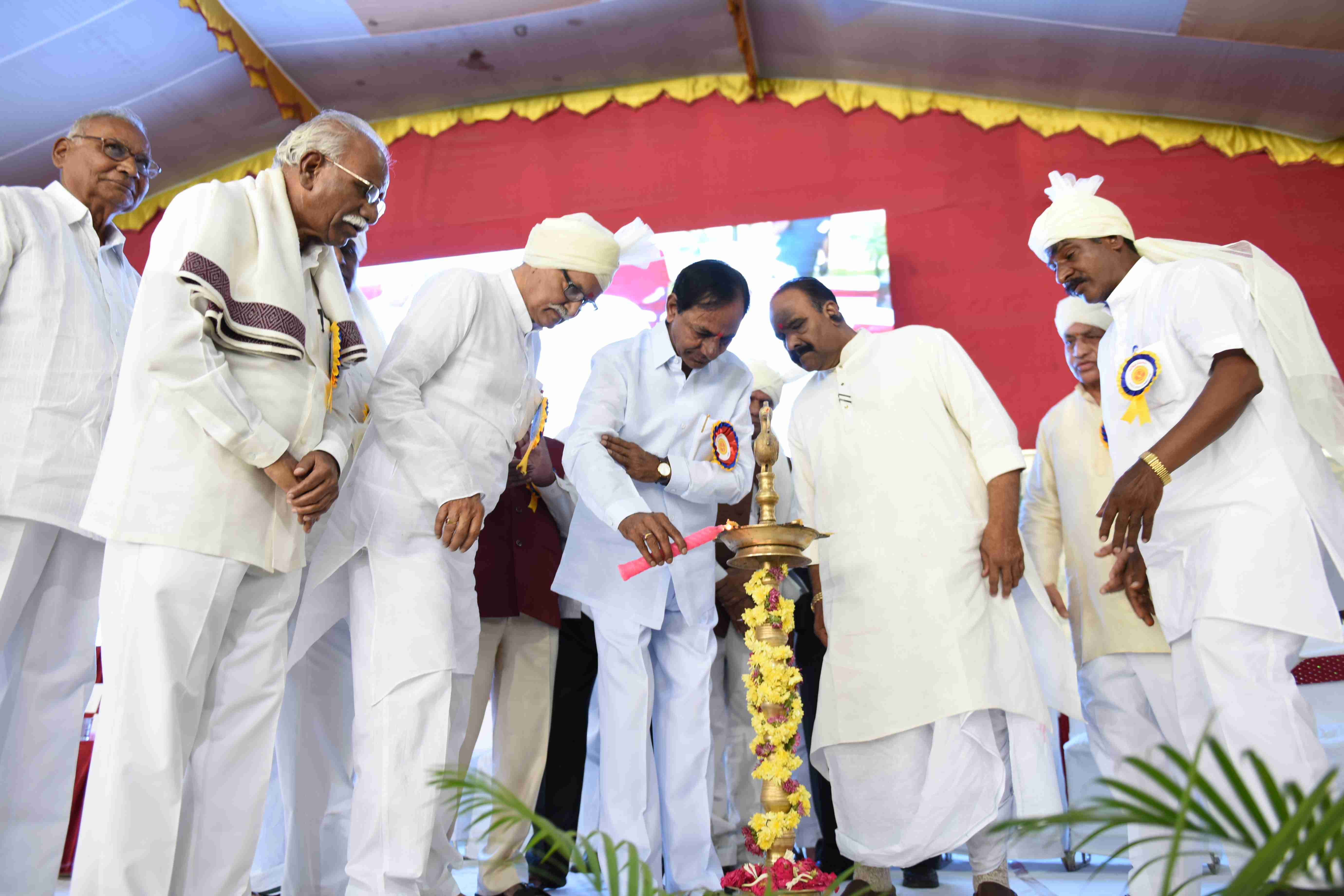 Telangana Chief Minister K.Chandrashekhar Rao participated in Reddy Jana Sangham Diamond Jubilee celebrations at Aliabad, Hyderabad on 18-10-2015.