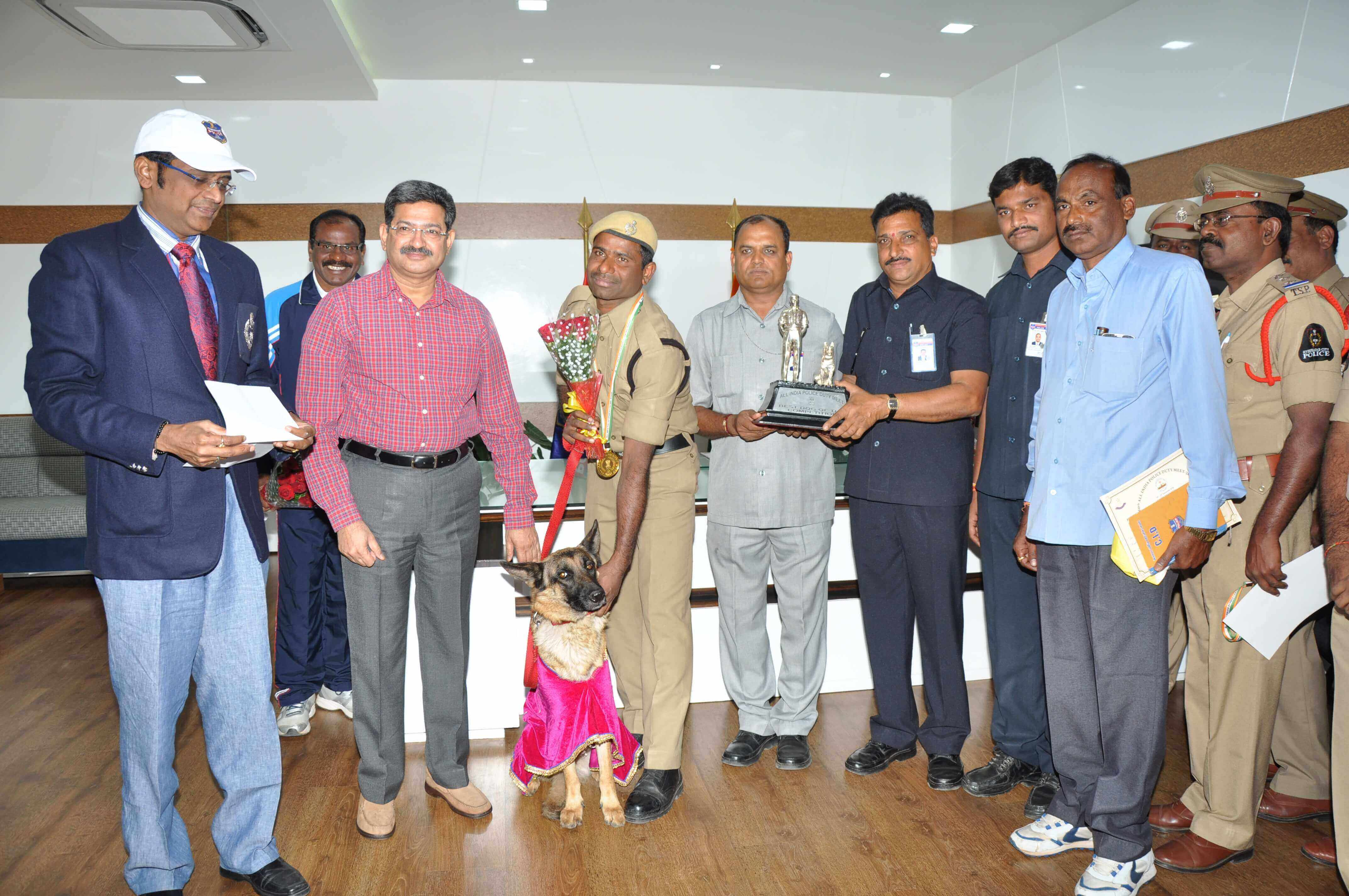 Telangana Police team which won the Overall Championship Trophy met DGP Anurag Sharma on 27.12.2016